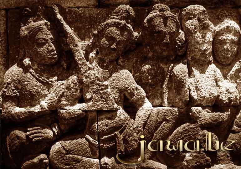 Keris Relief Borobudur